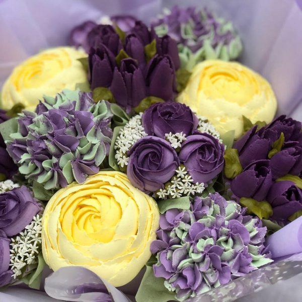 buttercream frosting mini roses, how to make buttercream frosting flowers